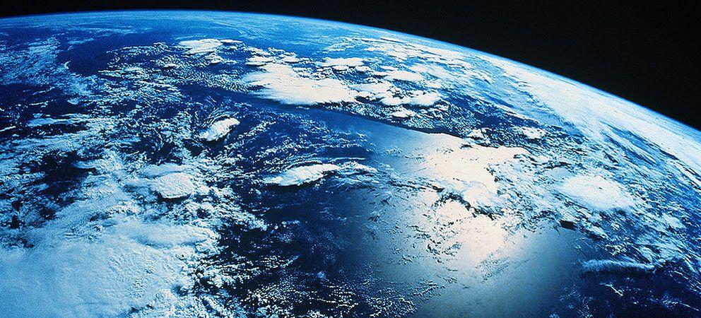 Foto: El día que la Tierra deje de rotar, más vale que te pille en un avión
