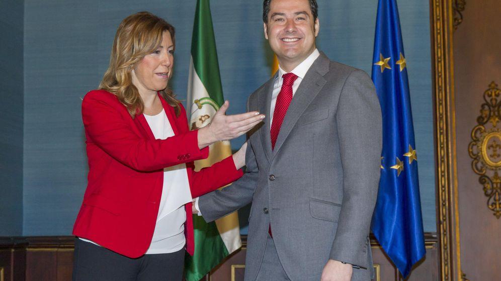 Foto: La presidenta de la Junta, Susana Díaz, y el líder del PP-A, Juan Manuel Moreno. (EFE)