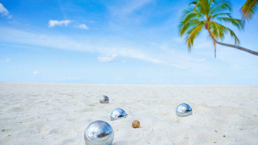 Foto: ¿Qué te parece jugar a la petanca en estas arenas coralinas? (Foto: Angsana Velavaru)