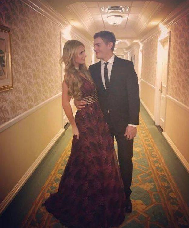 Foto: Paris Hilton y Chris Zylka en una imagen de Instagram