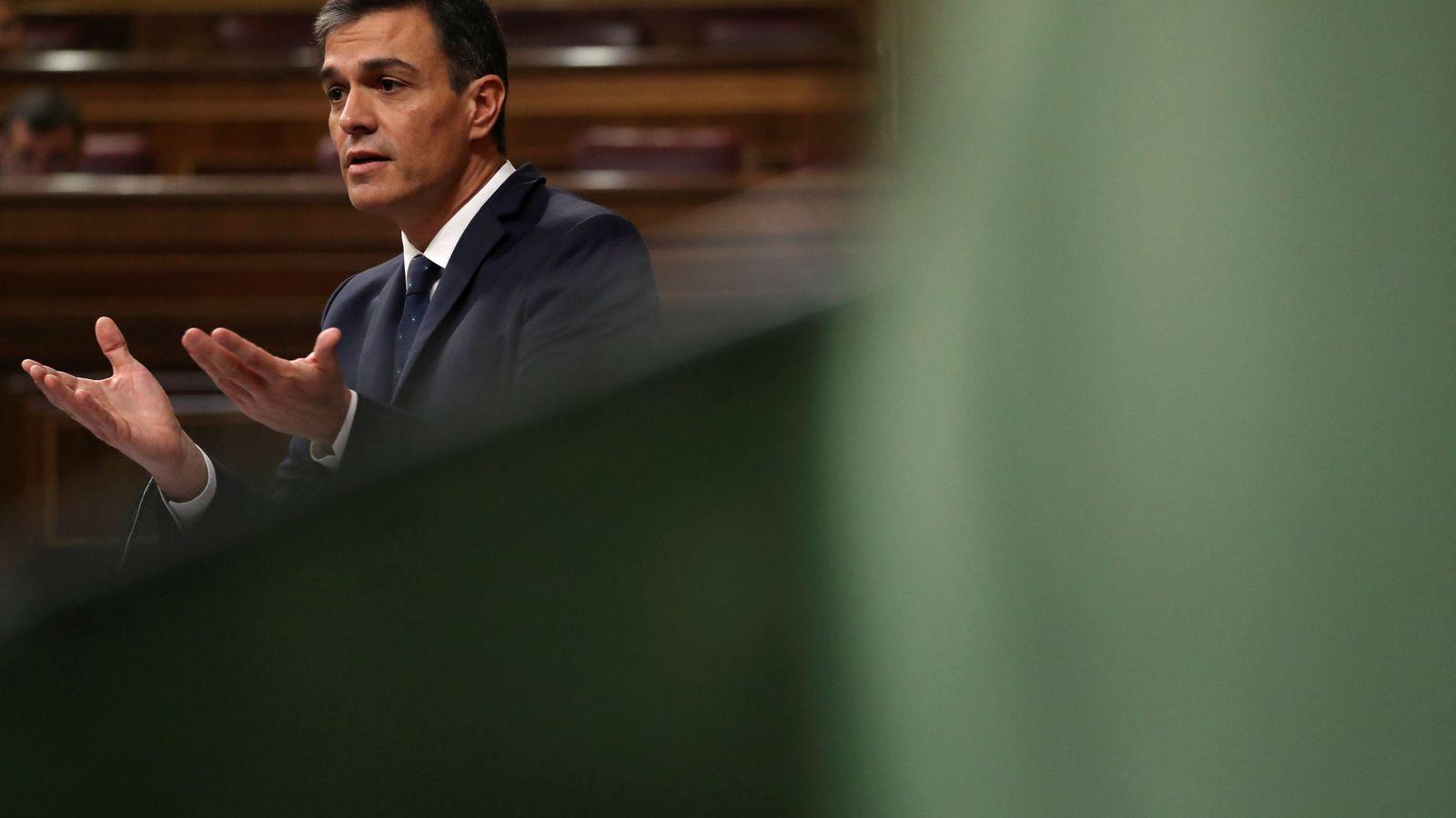 Foto: Pedro Sánchez, durante el pleno en el Congreso de este 24 de octubre. (Reuters)