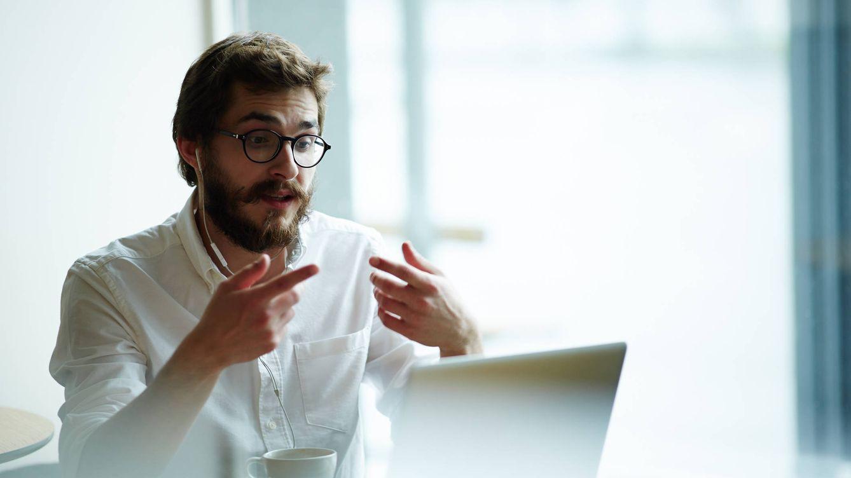12 trucos para enfrentarte a una entrevista de trabajo 'online' y conseguir el empleo