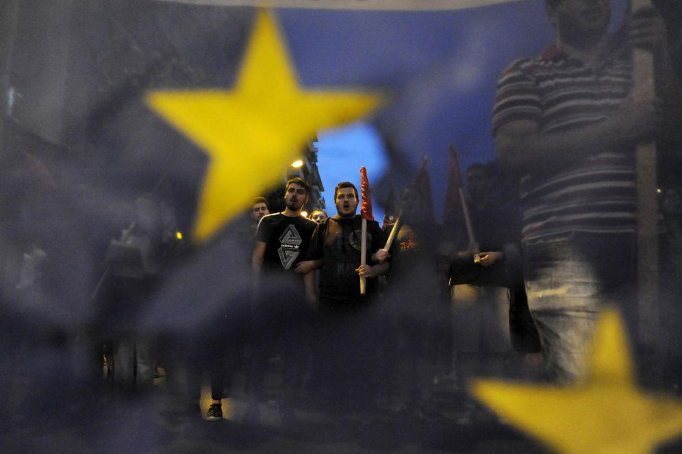 Foto: Manifestantes griegos contrarios a la permanencia en la UE durante una protesta en Tesalónica (Reuters).