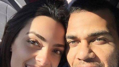 Dani Alves desmiente su boda con Joana Sanz