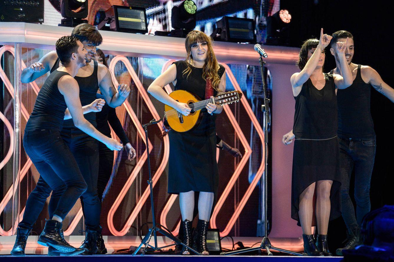 La cantante Rozalen actuando en un concierto en Tenerife (Getty Images)
