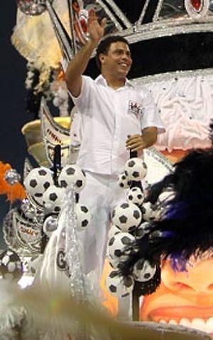 """Ronaldo en el Carnaval: """"Ya no tengo que esconder la cerveza"""""""