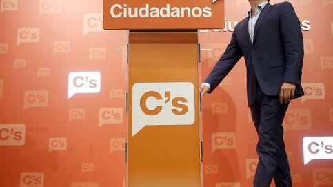 España no puede estar pendiente de que Sánchez siga al frente del PSOE