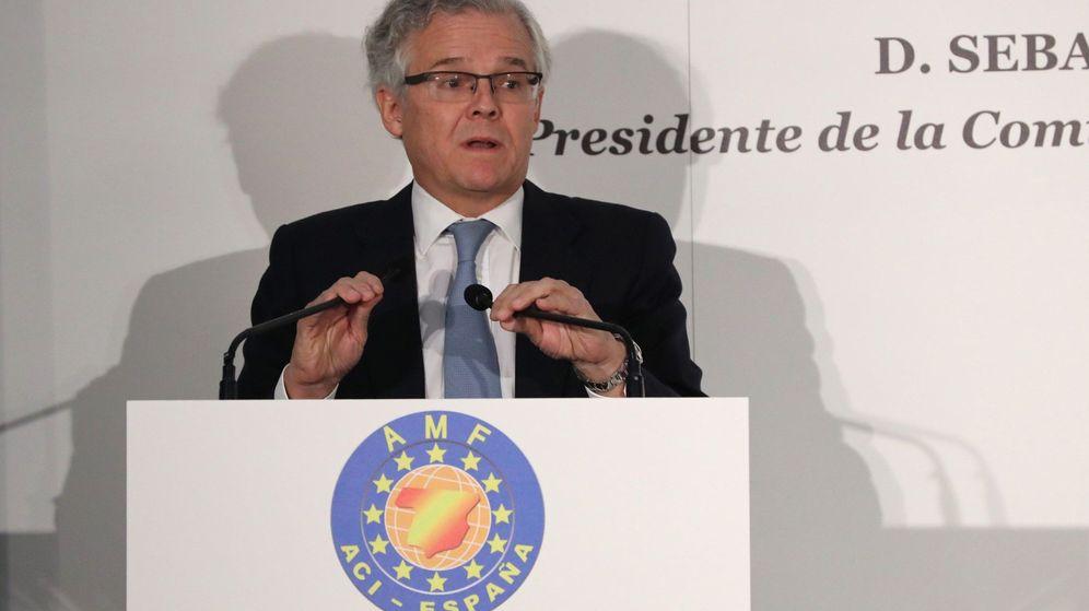 Foto: Sebastián Albella participa en un encuentro. (EFE)