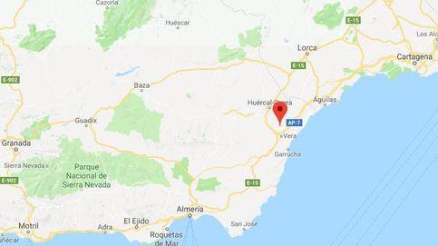 Heridas 26 personas en un accidente de un autobús y un turismo en Almería