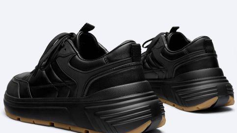 Uterqüe prueba suerte y lanza las primeras zapatillas deportivas para hombres de su historia