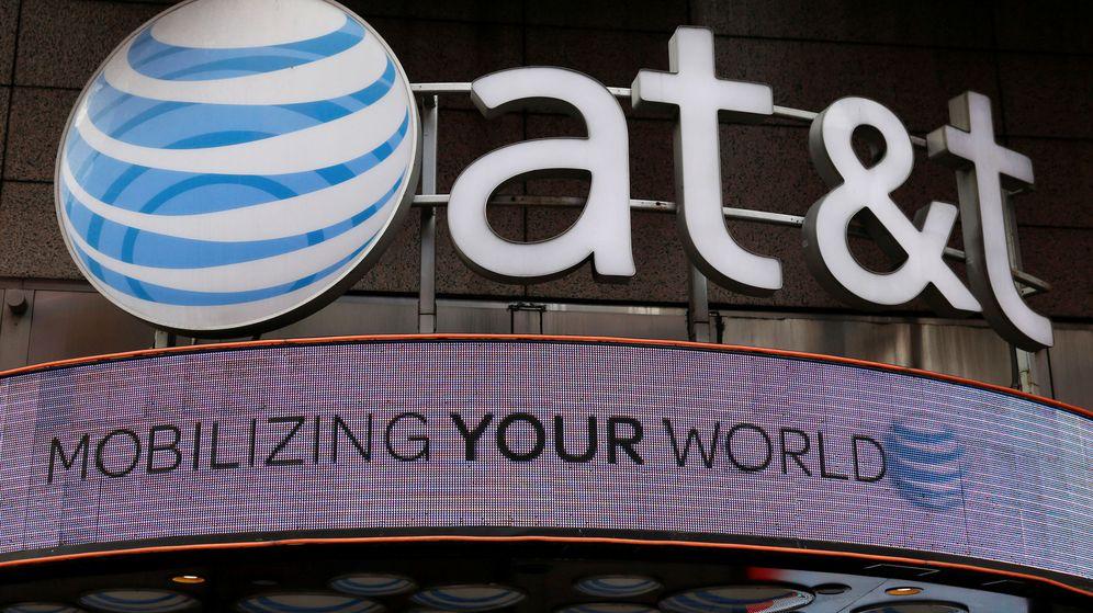 Foto: Imagen de archivo de una tienda de AT&T en Nueva York. (Reuters)