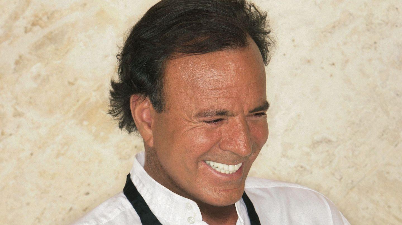 Julio Iglesias, en una fotografía cedida por la Academia Latina. (EFE)