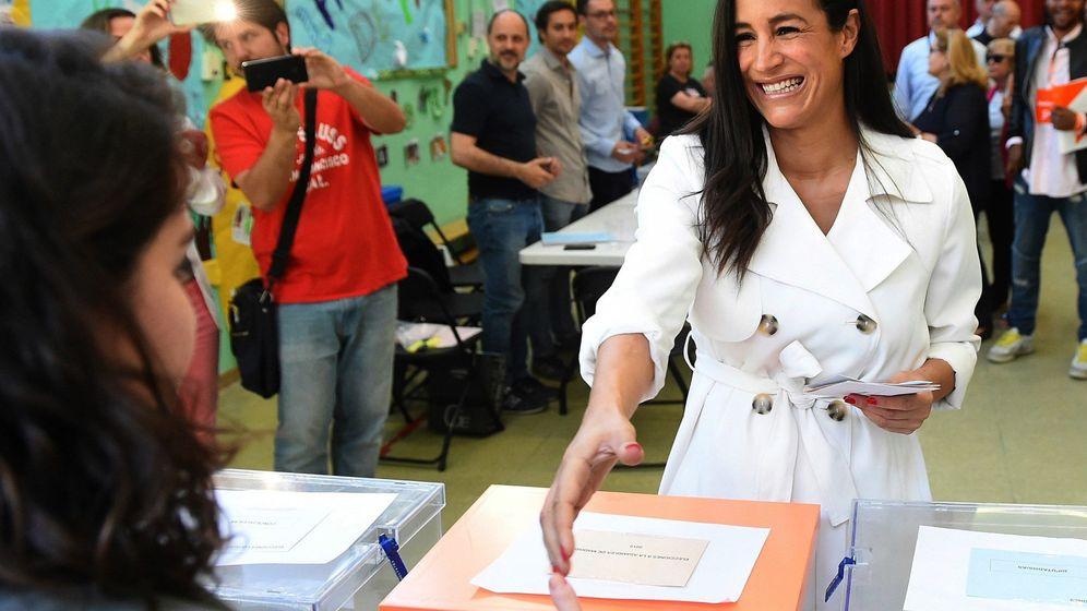Foto: Begoña Villacís, votando el pasado 26 de mayo. (EFE)