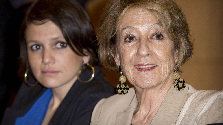 Con su hija, Inés Zorreguieta, en Buenos Aires. (Gtres)