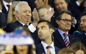 Artur Mas fue la primera autoridad en saludar al Rey Don Juan Carlos
