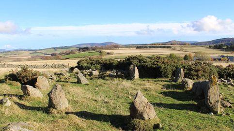 Se pensaba que era milenario, pero este círculo de piedras se construyó en los 90