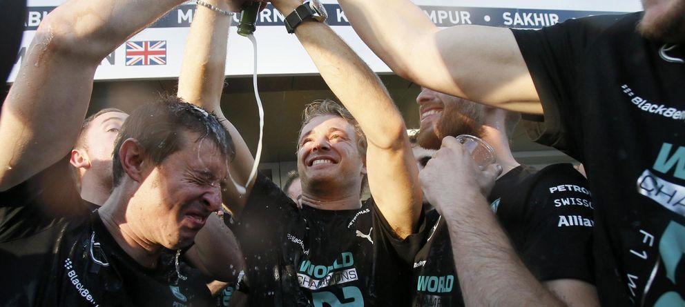 Foto: Mercedes celebra el título de constructores (Reuters).
