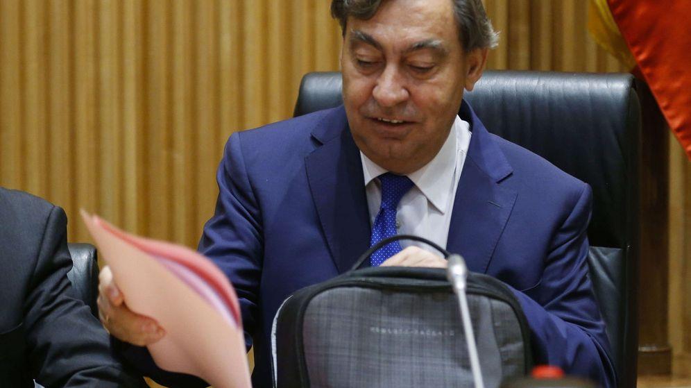 Foto: El próximo fiscal general, Julián Sánchez Melgar, en el Congreso. (EFE)