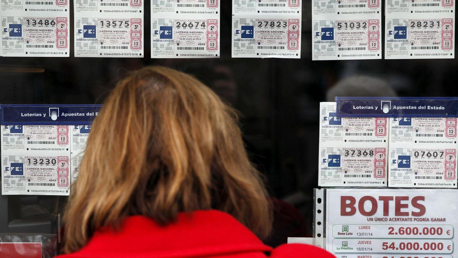 Foto: Imagen de archivo de una Administración de Lotería.