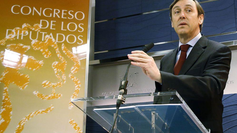 Foto: El portavoz del PP en el Congreso, Rafael Hernando, este 25 de febrero. (EFE)