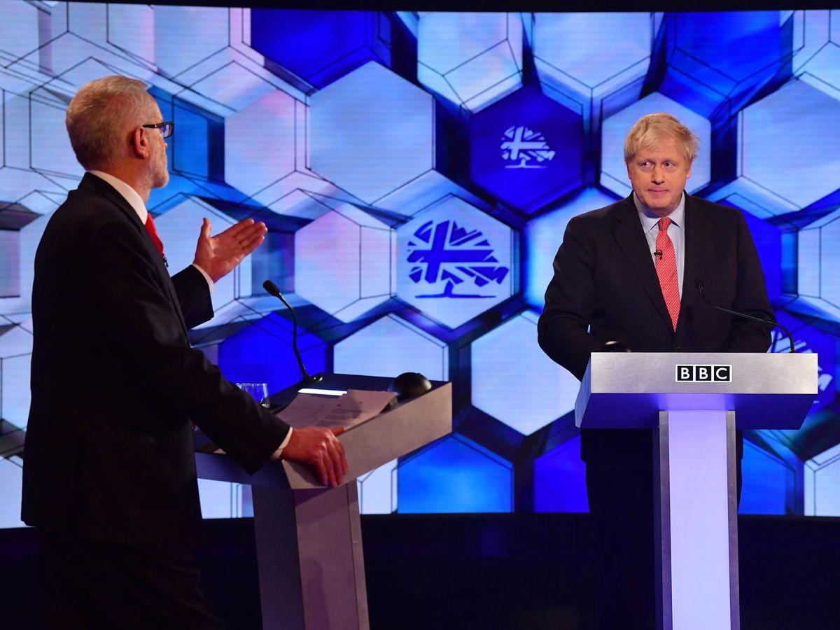 Foto: Boris Johnson y Jeremy Corbyn durante el debate (Efe)