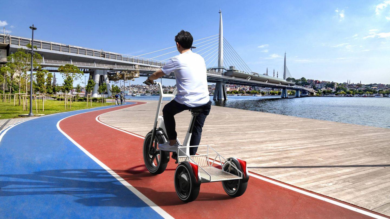 Con la BMW Dynamic Cargo hay que pedalear, pero en el momento que empezamos a hacerlo, su eje motriz posterior nos ayuda mediante la tracción eléctrica.