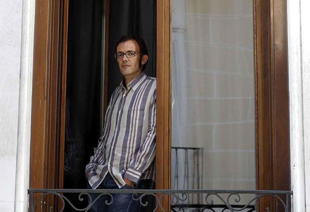 Foto: El escritor Isaar Rosa (EFE)