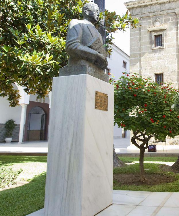 Foto: Estatua de Blas Infante. (EFE)