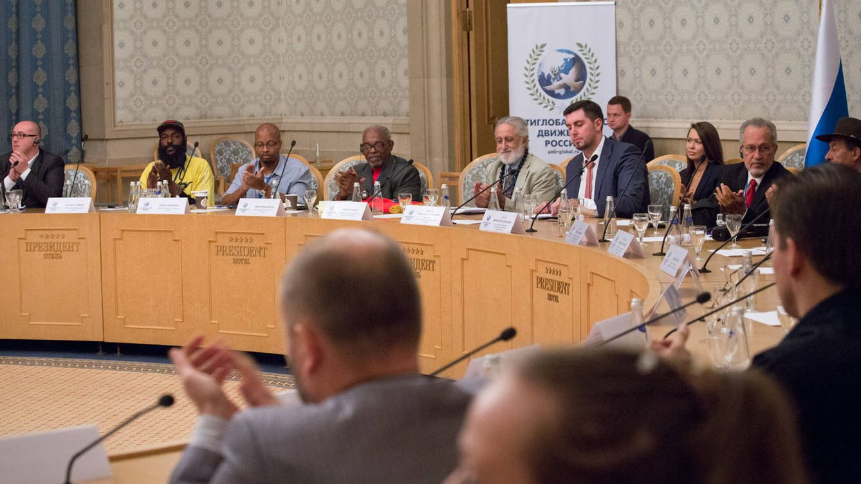 Foto: Imagen de la conferencia 'Diálogo de las naciones' 2015 en el Hotel President de Moscú (cedida por el Movimiento Antiglobalización de Rusia).