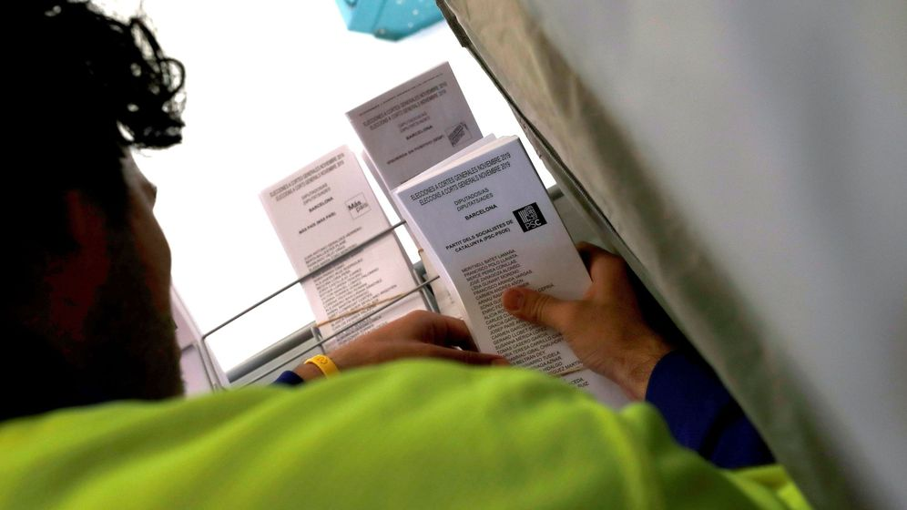Foto: Preparativos para las elecciones generales del 10n