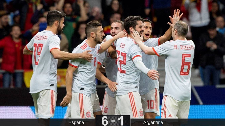 Foto: España celebra un gol. (Reuters)