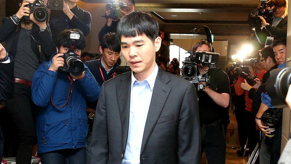 Foto: Lee Sedol, el jugador surcoreano campeón mundial de Go y ahora derrotado por un algoritmo de Google