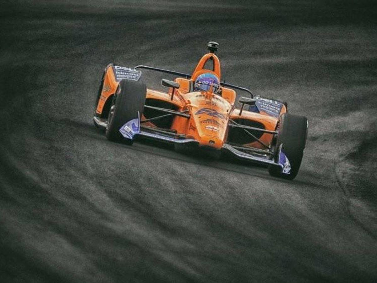 Foto: Fernando Alonso sigue con varios frentes abiertos para participar en las próximas 500 Millas (McLaren)