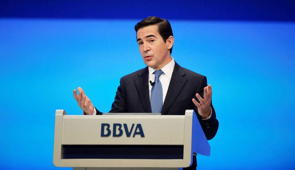 Foto: El presidente de BBVA, Carlos Torres, en un acto de la entidad. (Reuters)