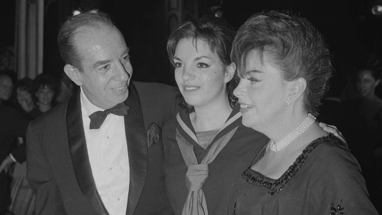 Liza Minelli, junto a sus padres, Vincente Minnelli y Judy Garland. (Getty)