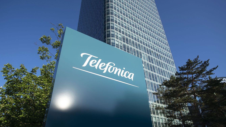 Telefónica reduce a menos de la mitad su beneficio (830 M) pero mantiene dividendo