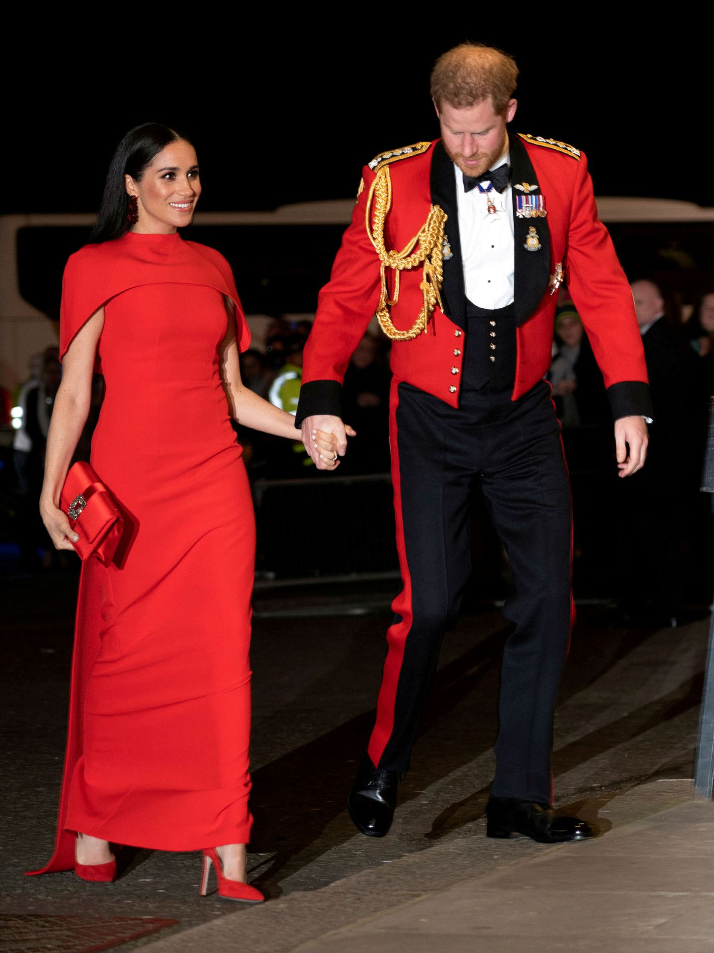 Los Sussex, en uno de sus últimos actos como miembros de la Corona. (Reuters)