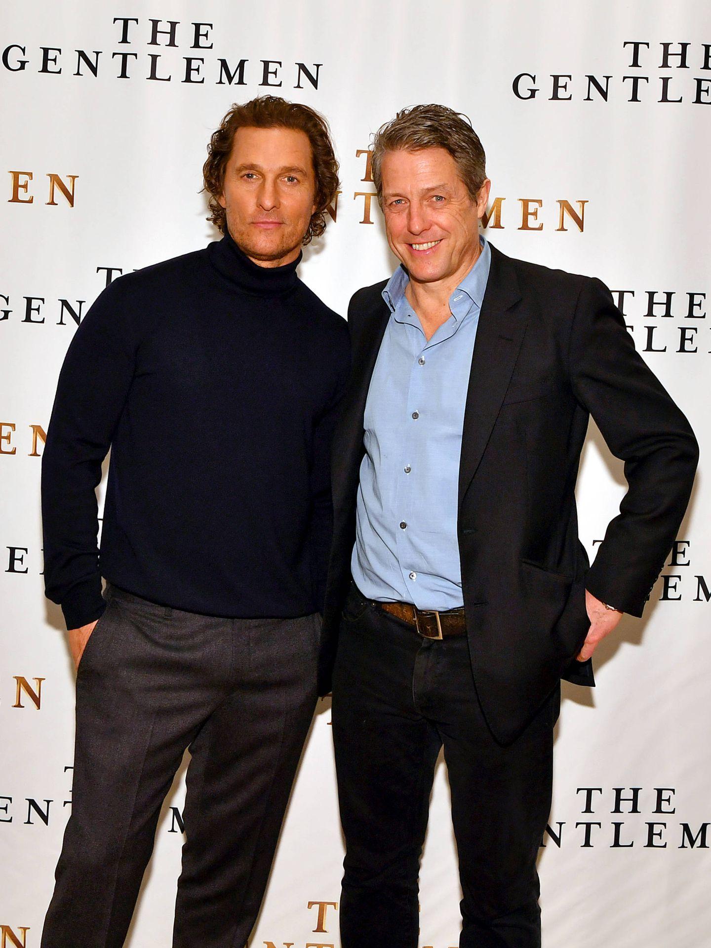 El actor, junto a Hugh Grant. (Getty)