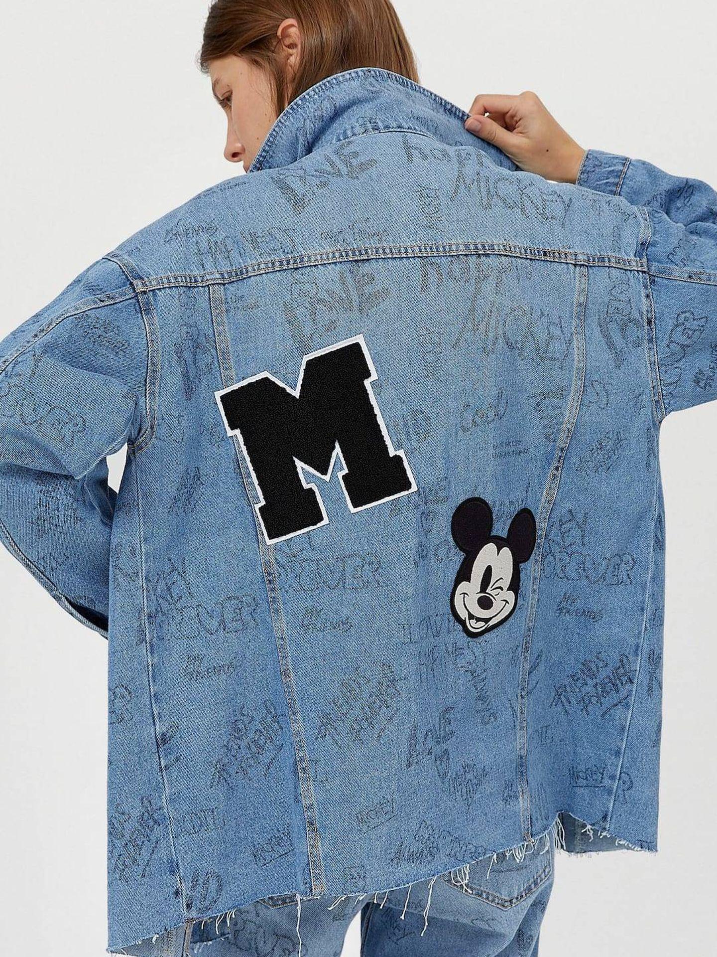 El total look vaquero de Mickey Mouse que vende Stradivarius. (Cortesía)