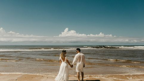 ¿Boda en la playa? Sigue estos consejos para acertar con tu vestido de novia