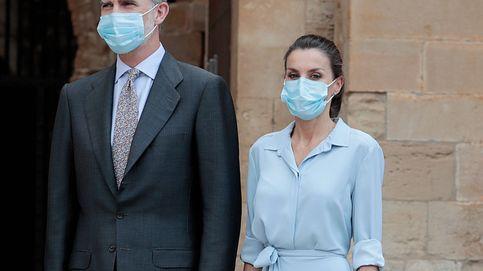 Con este vestido camisero de Zara vestiríamos a la reina Letizia