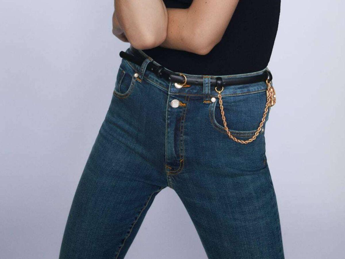 Solo Zara Podia Crear Unos Jeans De Campana Que Hacen Mas Alta Incluso A Las Bajitas