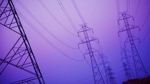 El gas evita sobresaltos a Sánchez antes del 10-N: la luz cae al nivel más bajo en 7 años