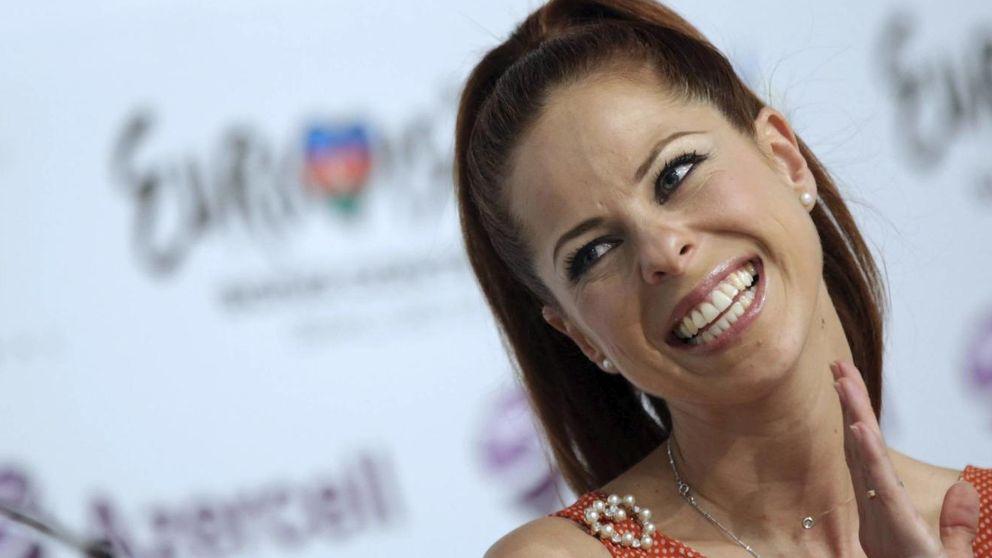Pastora Soler canta a su pequeña por su segundo 'cumple mes'
