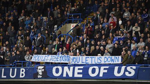 El Chelsea respira sin Mourinho y Van Gaal da un paso más hacia el abismo