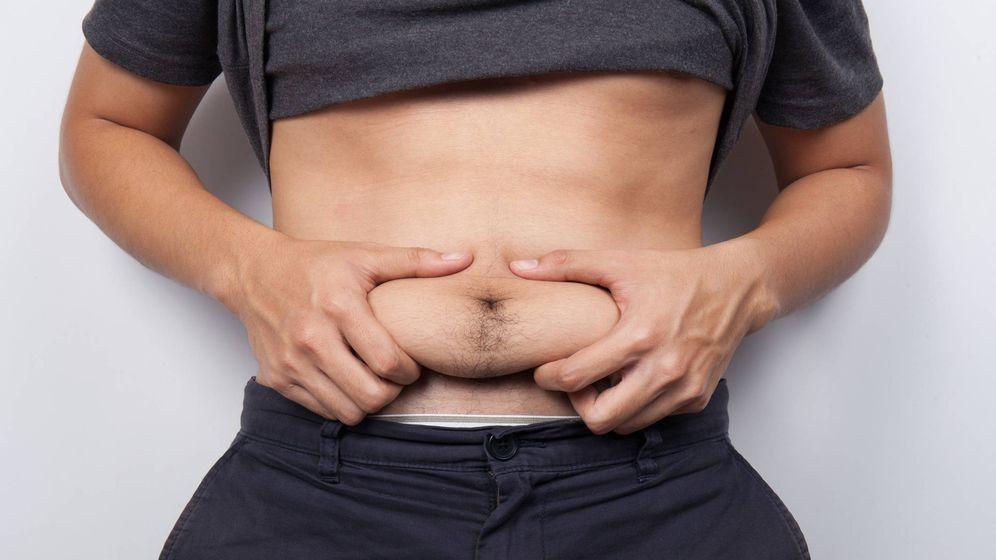 Foto: Los hombres con más grasa alrededor del estómago tienen una mayor presencia de estradiol. (iStock)