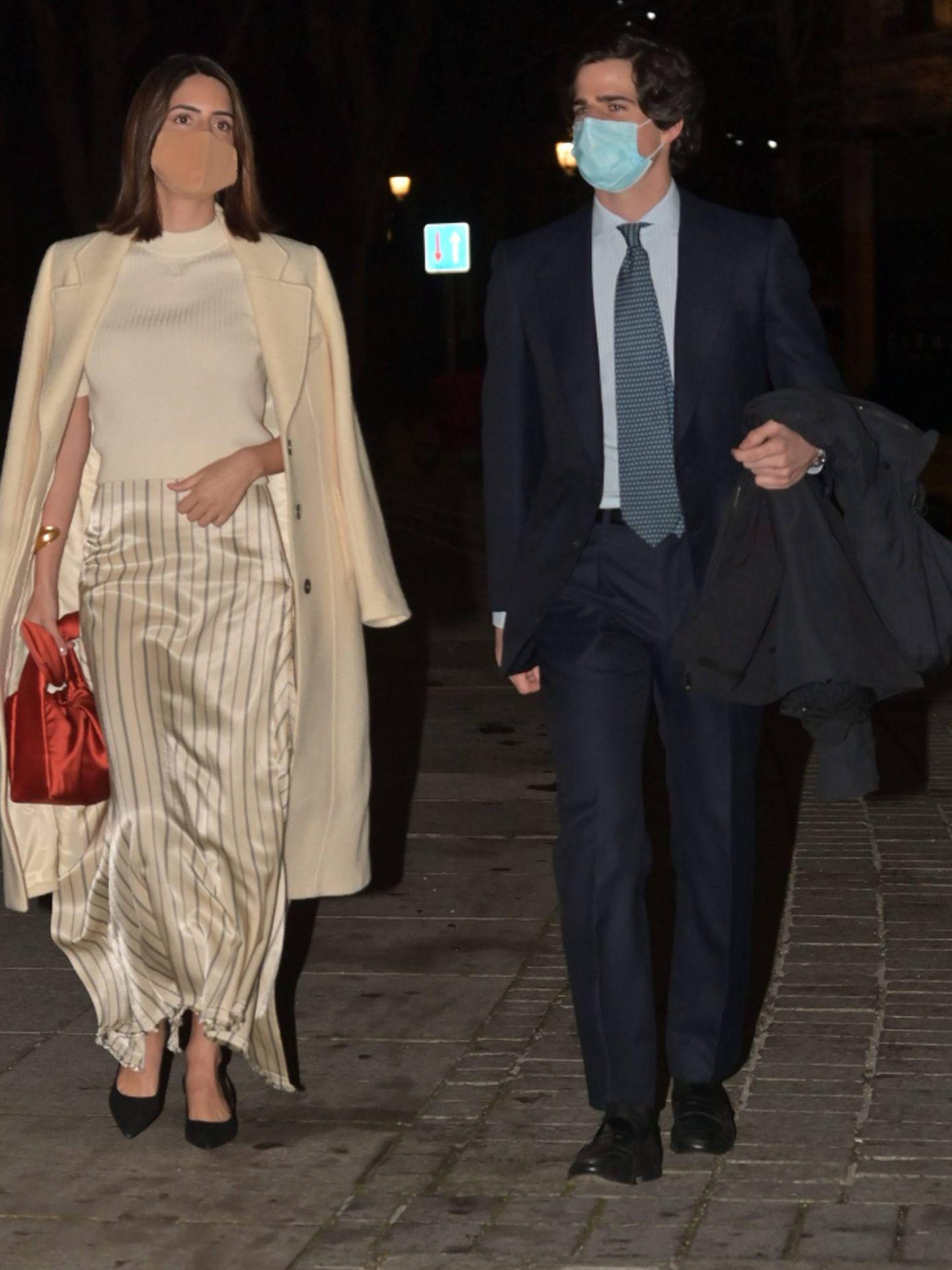 Sofia Palazuelo y Fernando Fitz James llegando al Teatro Real. (Cordon Press)