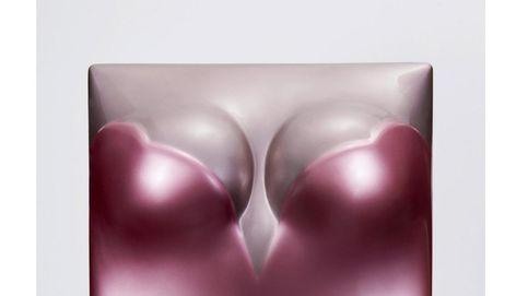 Un libro joya que ensalza la belleza y la sensualidad de Naomi Campbell
