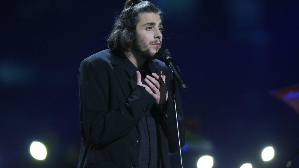 Salvador Sobral, ganador de Eurovisión, 2017 conectado a un corazón artificial