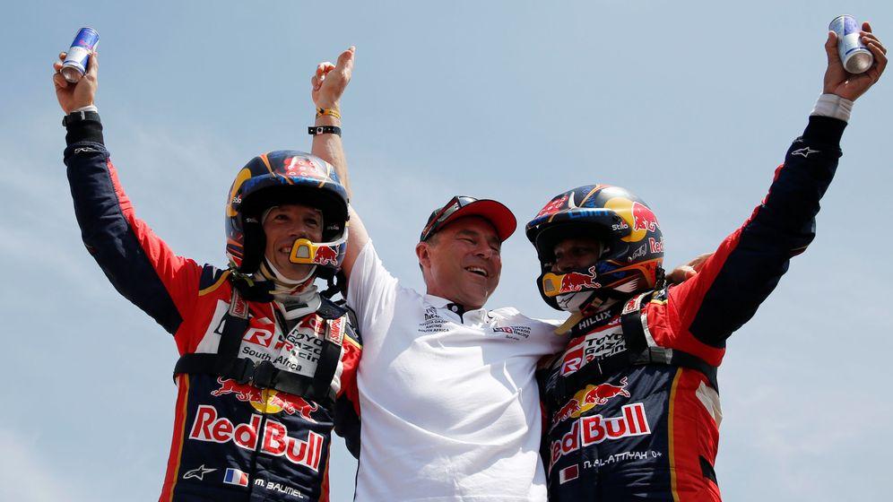 Foto: Nasser Al-Attiyah y su copiloto Baumel celebrando la victoria en Lima. (Reuters)